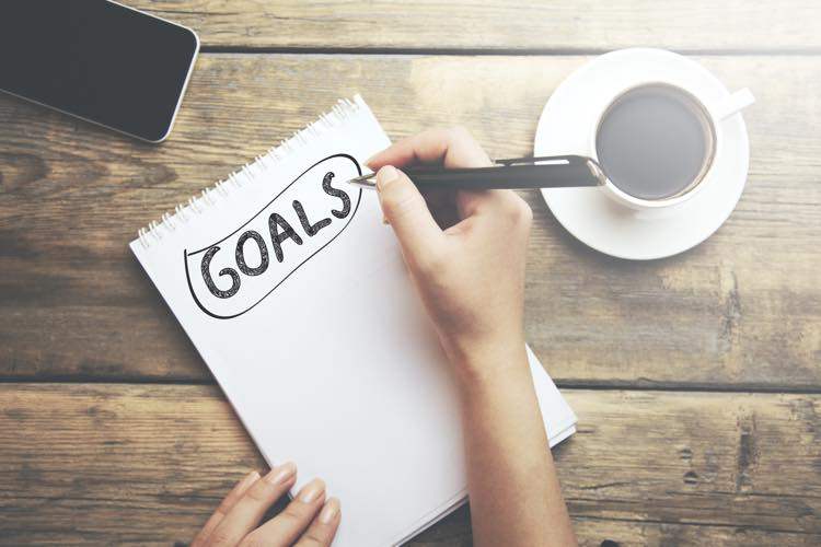 目標を紙に書き出す