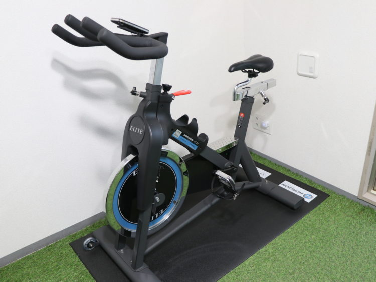 NEXT GYM TOKYO目黒 バイクマシン