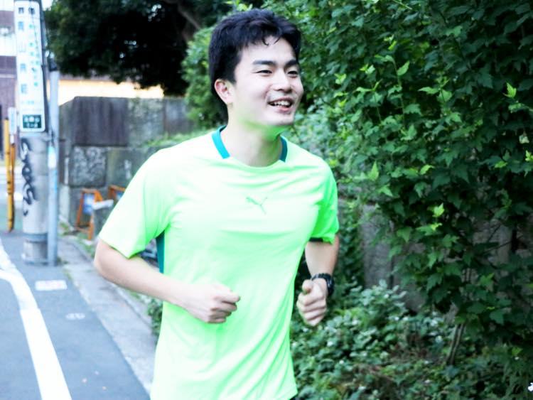 楽しそうに走る石田