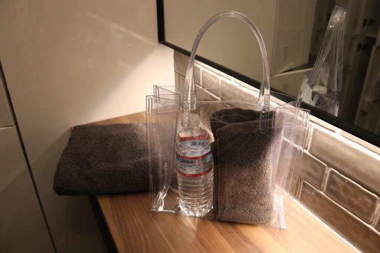 タオルや水、ウェア