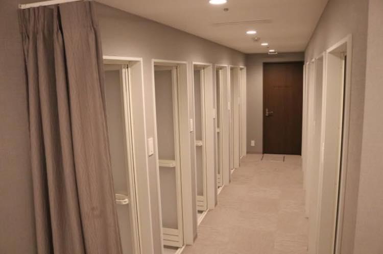 プレイグラウンドシャワー室