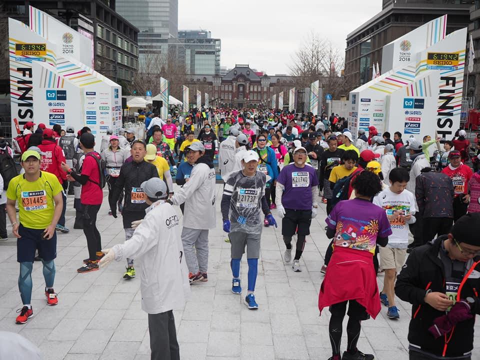 東京マラソン時の東京駅前