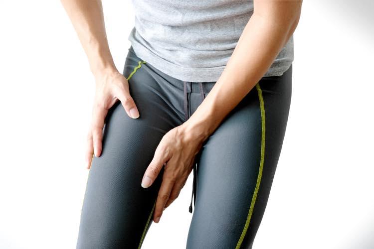 太ももの筋肉をほぐすランナー